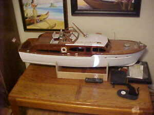 1950 Chris Craft Catalina with Flying Bridge Model - 47 Inches