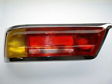 Rücklicht orange für / Taillight orange for  Mercedes Benz W113 früh / early