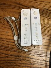LOT OF 2 OFFICIAL NINTENDO Wii REMOTE CONTROLLERS