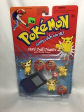 Pokémon Pikachu Poké Ball Blaster With Battle Discs Action Figures