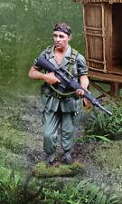 COLLECTORS SHOWCASE VIETNAM WAR CS01024 PLATOON WILLEM DAFOE AS SGT. ELIAS MIB