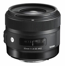 Nikon F Objektive mit Autofokus für Sigma