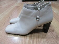 "Karen Scott Wyndam Low Boots Cream 3"" Preowned"