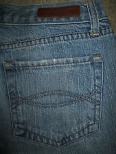 ABERCROMBIE & FITCH Flare 100% Cotton Light Blue Denim Jeans Womens Size 2 x 31