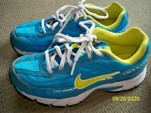 NIKE Initiator Womens Running Shoes size 6 Sneaker Athletic Blue Neon Green