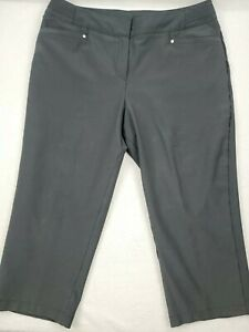 "Tail Black Capri Golf Pants Slacks SIZE 14.   Great Used Condition (35"" x  21"")"