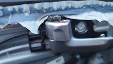 KIA SPORTAGE MK2 2.0 CRDI DRIVERS OR PASSENGER FRONT DOOR HANDLE WITH WIRE
