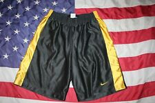 men Nike Gray/Yellow Athletic Shorts Size Large: sport/casual/fitness #5620