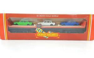 MINT HORNBY R124 OO - BOGIE FLAT CAR TRANSPORTER SET WITH 3 TRIUMPH 2000 CARS