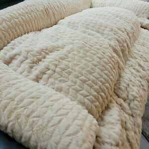 ‼️brand new‼Cozee Paws Fleece Bed sofa cover plush dog bed Large 107cm by 50cm