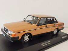 VOLVO 240 GL 1986 Goldmetallic 1/18 Minichamps PMA 155171405 244 Limousine