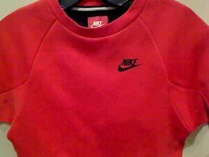 Nike Boys Tech Fleece Crew Sweatshirt  Save 50%!!   Medium  Training