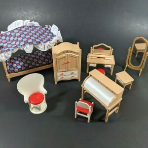 Vtg Tomy Dollhouse Furniture Lot Bedroom Bed Desk Mirror Chairs Smaller Home