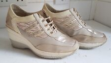 DANIEL DESIGNER WOMENS BEIGE WHITE HIGH HEELS WEDGE SHOES SIZE UK 6 EU 39