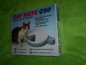 Pet Mate Cat Mate C50 Automatic 5 Meal Pet Feeder used With Timer . FREE P & P