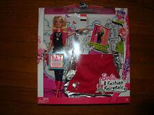 Barbie Fashion Fairytale Doll & Purse Gift Set