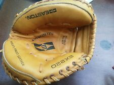 Easton EX220 Flex Action Palm Baseball looks like New. Leather catcher