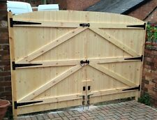 MADE TO MEASURE DRVEWAY GATES  6FT HIGHEST X 2925MM WIDE