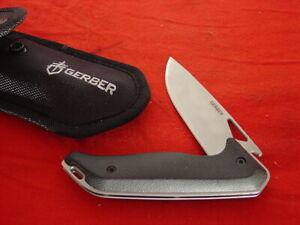 "Gerber Knives 5-1/4"" Linerlock 4660118E Lock Blade Sheath Knife MINT ld"