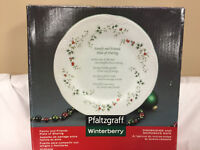 Pfaltzgraff Winterberry Friends and Family Plate of Sharing Platter Serving Gift