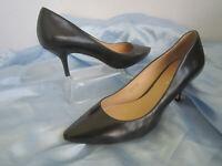 Via Spiga Black Leather Pointed Toe Kitten Heel Pumps Mismatched Size 10M/10.5M