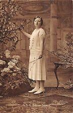 POSTCARD   ROYALTY   NETHERLANDS   HRH    Princess  Juliana