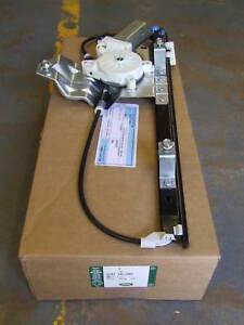 Freelander 1 R/H Rear Window Regulator (CVH101202)