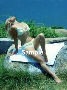 #J Young Teri Martine Pinup - Snapshot size 4 x 6 colour 1960's from negative