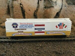 N Scale Micro trains 40'  boxcar special run 1947 post war food drive TEAMSTERS
