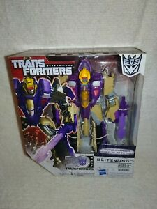 Transformers Generations Thrilling 30 G1 Blitzwing 2014 New unopened
