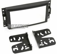 Metra 95-3304 Double DIN Installation Kit for Select 2005-07 GM/Chevy Vehicles