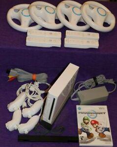 Nintendo Wii Console RVL-001 4-Player Mario Kart Bundle 4 Controllers 4 Wheels