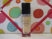 CHRISTIAN DIOR  ~ ECLAT SATIN MOISTURE RELEASE MAKEUP ~ # 100 ~ 1 OZ UNBOXED