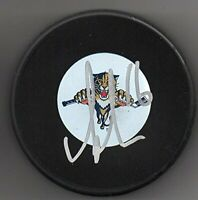 Aleksander Barkov signed Florida Panthers Logo Puck w/ Free Cube