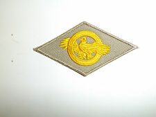 b0415 WW 2 US Army & Air Force Cloth Discharge emblem Khaki Ruptured Duck A10B15