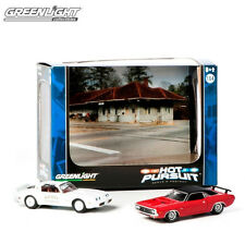 GREENLIGHT 1:64 SCALE DIECAST METAL WHITE 1979 TRANS AM AND 1971 RED CHALLENGER