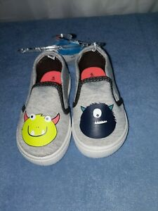 Carter's Grey Character Toddler Shoes Size 6