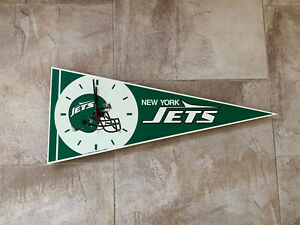 "New York Jets 28"" Pennant Shape Clock - Runs on 1 AA Battery"