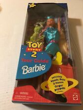 NEW TOY STORY 2 TOUR GUIDE BARBIE #24015 MATTEL SPECIAL EDITION & 3 FINGER PUPPE