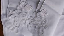Lot de 6 serviettes de table blanches avec broderie, état neuf