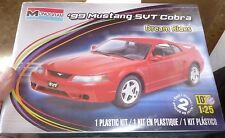 MONOGRAM 1999 FORD MUSTANG COBRA 1/25 Model Car Mountain KIT FS SVT