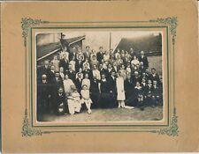 Grande photo mariage familles amis tampon Mireabeau sur bèze cour échelle mode