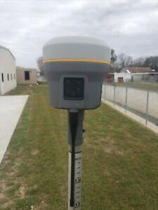 Trimble R12 GNSS