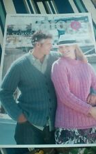 CHUNKY 5 EASY STYLES KNITTING PATTERNS MAN LADY PATONS3777 BN SWEATERS CARDIGANS