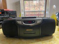 Vintage 1995 Audiovox Portable CD Player System CE-201 CD / Cassette / Radio