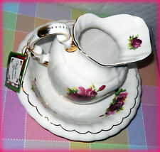 VICTORIA'S GARDEN *NEW & RARE* PITCHER & BOWL SET W/ HAND-PAINTED ROSES & GOLD