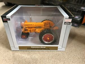 Minneapolis-Moline U Narrow-Front Gas Tractor 1:16 Model - SpecCast - SCT568*