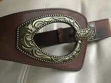 PREOWNED COLDWATER CREEK S/M RUSTIC BROWN ORNATE METAL GT-BUCKLE LEATHER BELT*^*