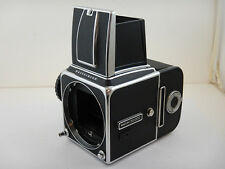 Hasselblad 500 CM + Magazzino A12 Film Back Fully Functional Waist Level Pozzett