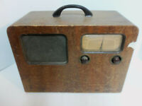 Antique Vintage Portable Wood Battery Electric Airline Music Tube Radio FREE S/H
